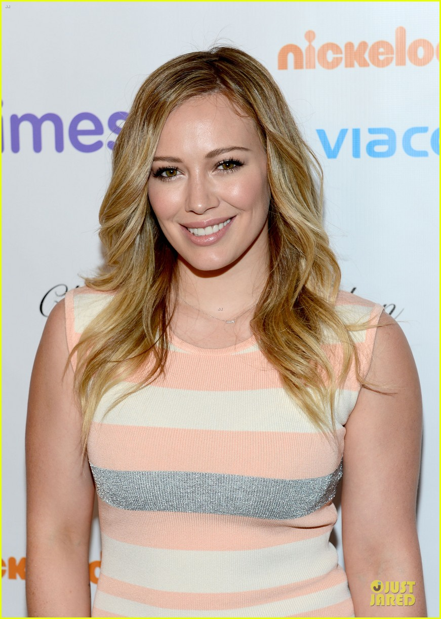 hilary duff mike comrie march of dimes 2012 06