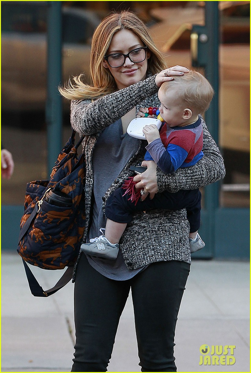 hilary duff doctors appointment with baby luca 09
