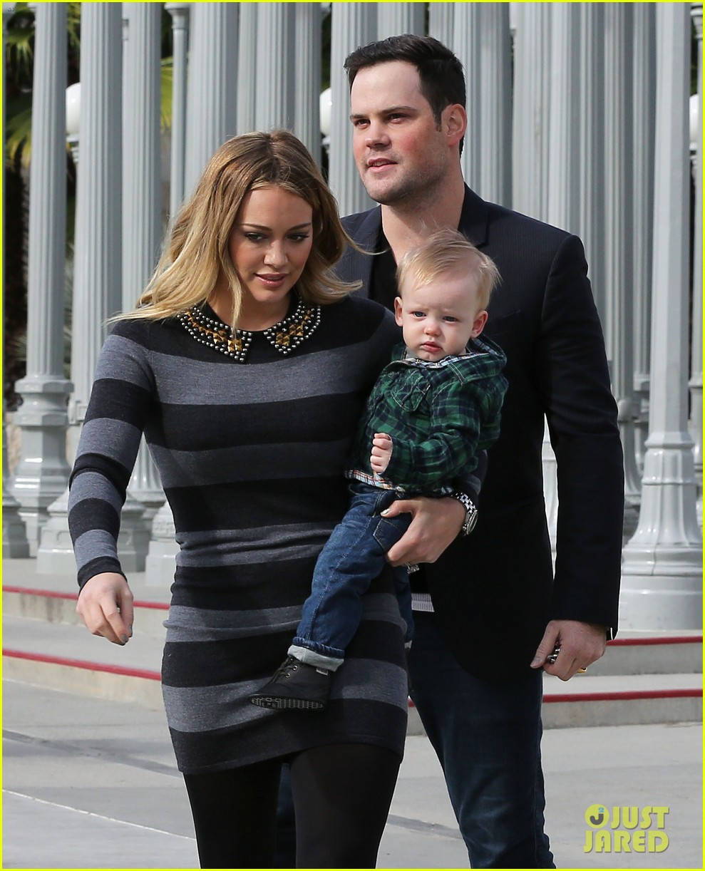 hilary duff mike comrie family fun day with luca 16
