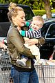 hilary duff & mike comrie grocery store kisses for luca 11