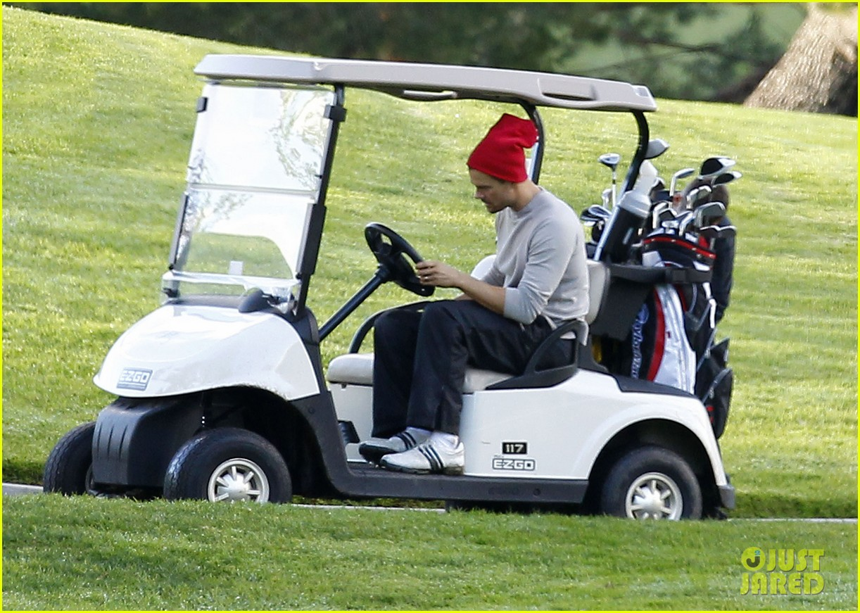 josh duhamel christmas eve golfing 222780902