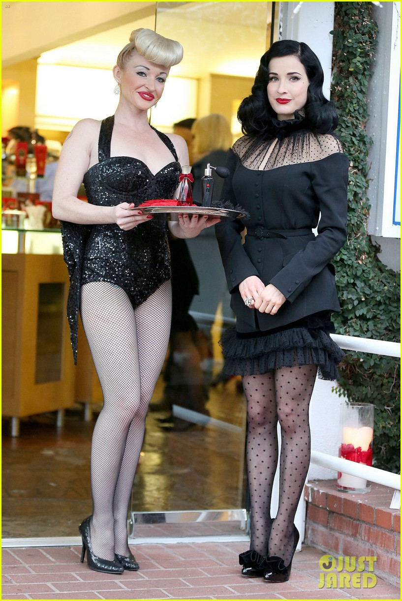 dita von teese rouge perfume launch 012776645
