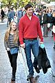peter facinelli christmas eve shopping with lola 01