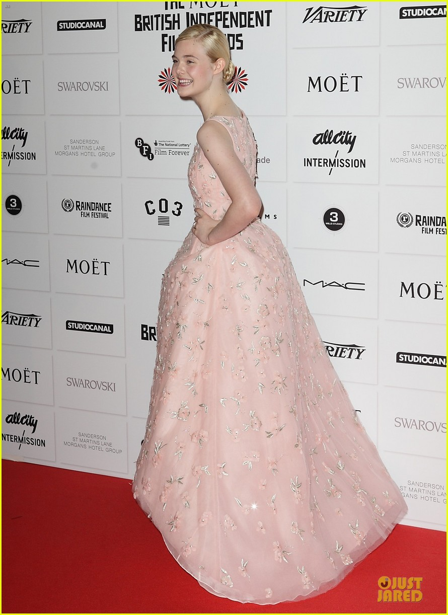 elle fanning & felicity jones british independent film awards 2012 012772525
