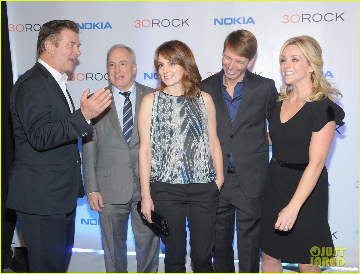 tina fey alec baldwin 30 rock series finale wrap party 04