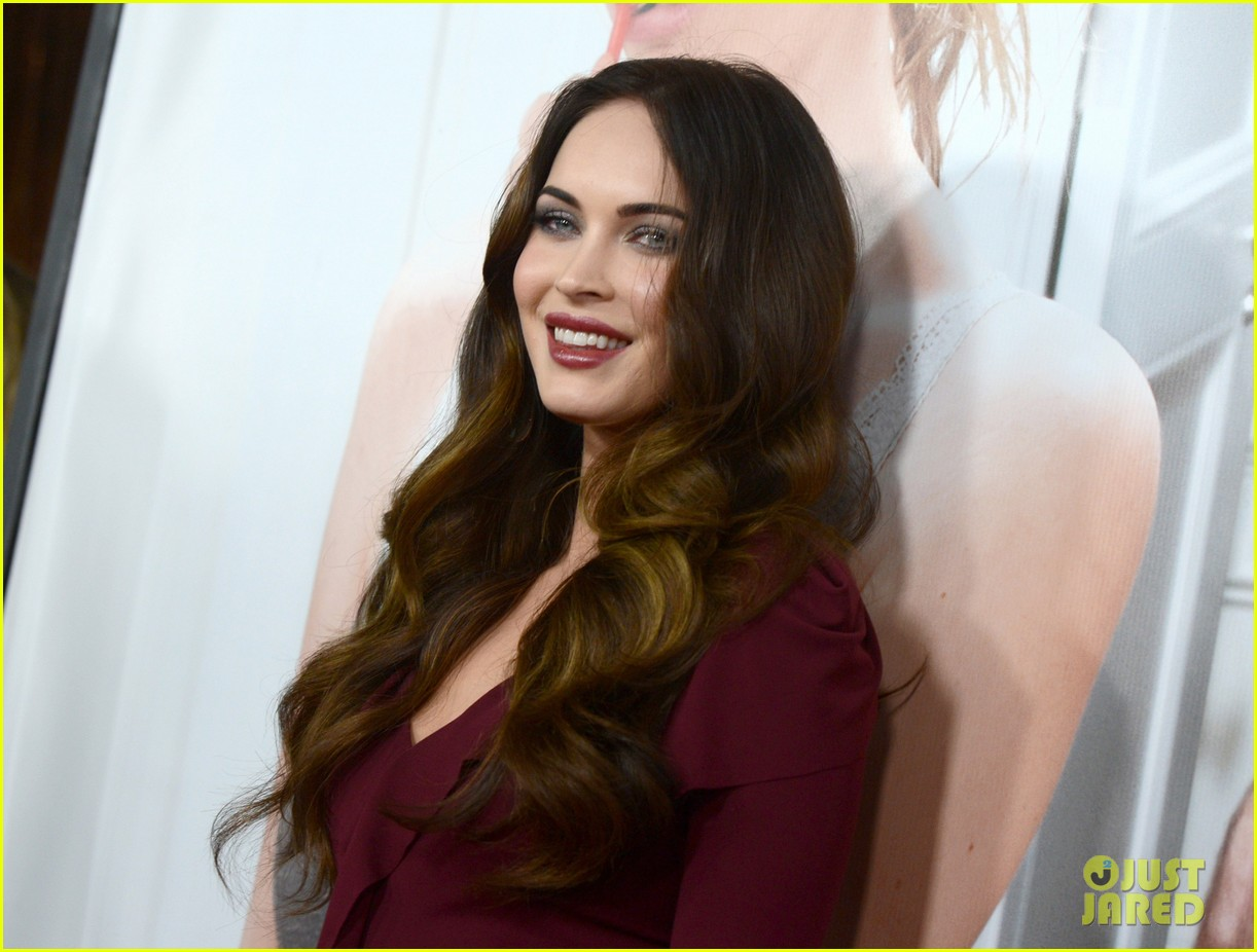 megan fox this is 40 premiere paul rudd 14