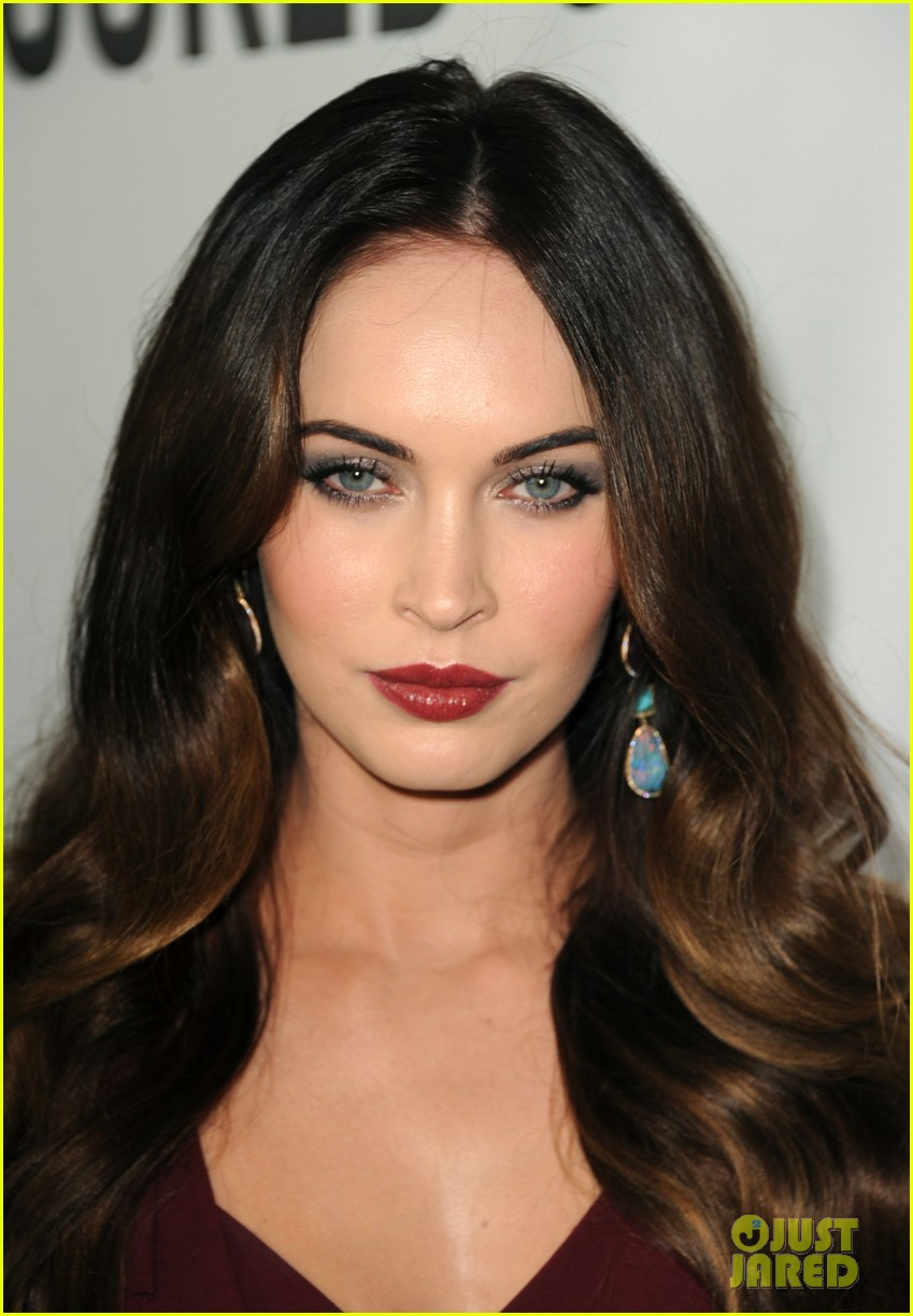megan fox this is 40 premiere paul rudd 27