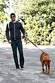 andrew garfield christmas eve dog walk 01