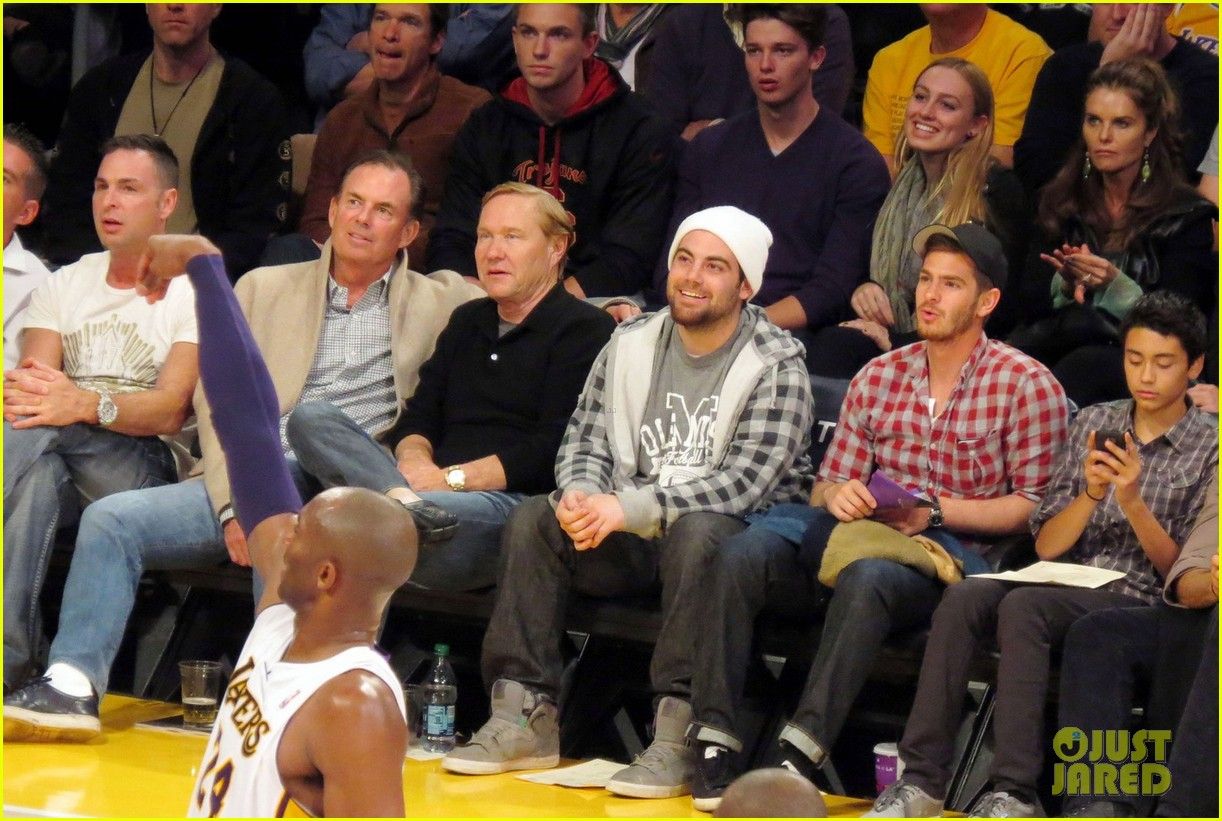 andrew garfield patrick schwarzenegger lakers guys 06