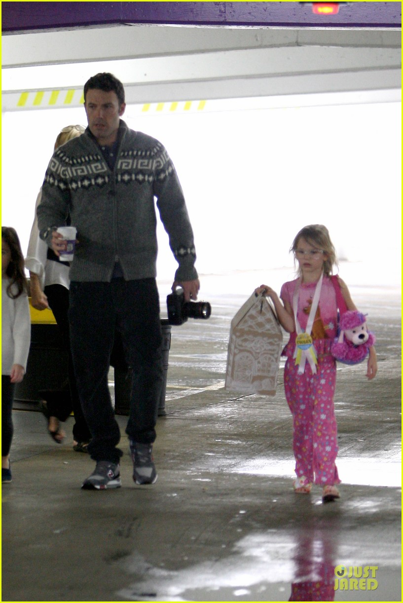 jennifer garner ben affleck happy birthday violet 16