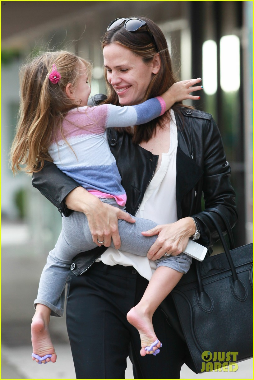 jennifer garner breakfast with bens mom 03