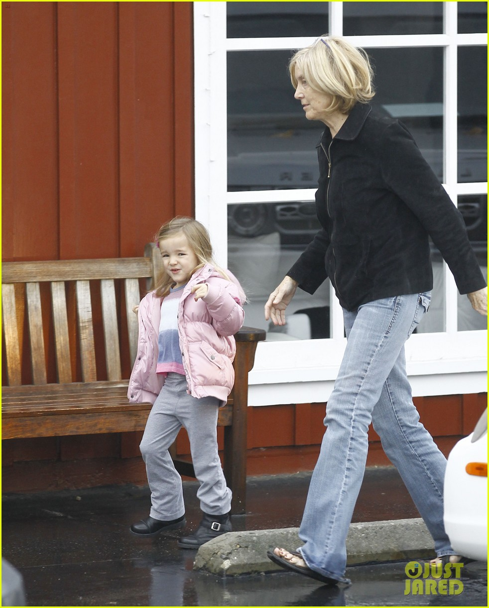 jennifer garner breakfast with bens mom 08