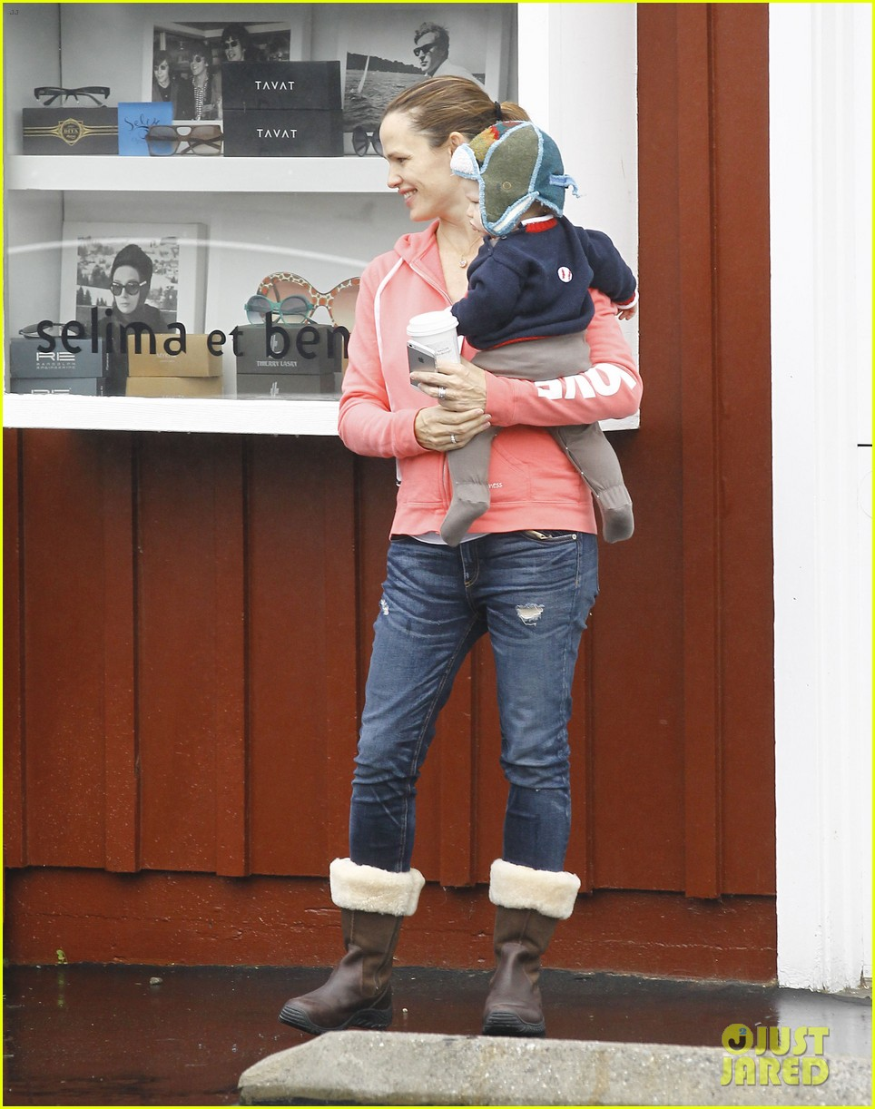 jennifer garner breakfast with bens mom 172768822