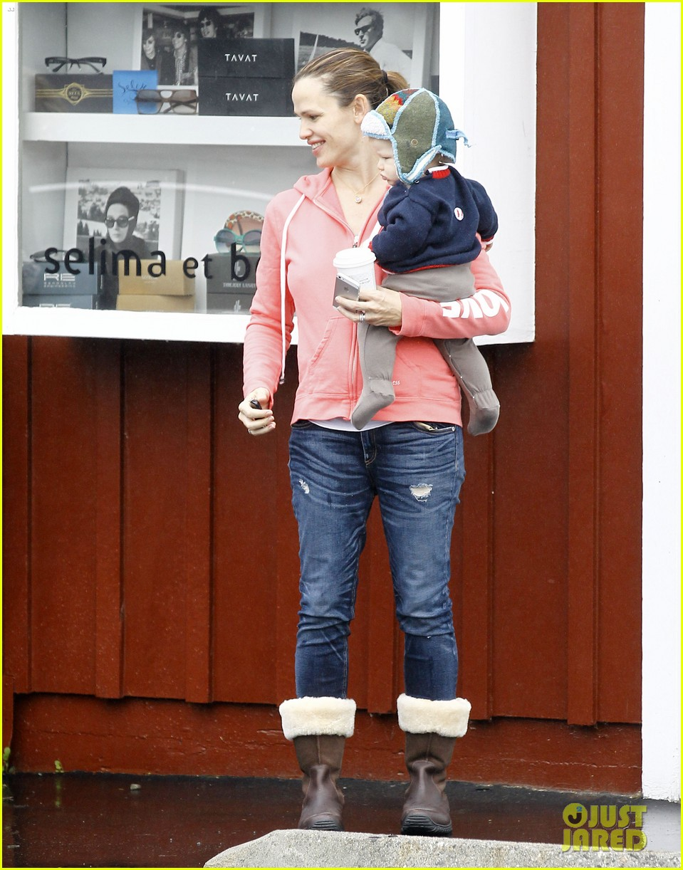 jennifer garner breakfast with bens mom 182768823