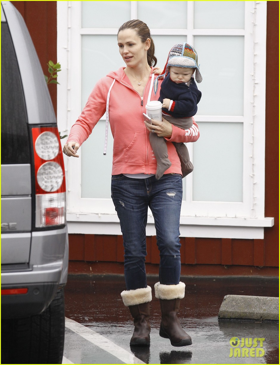 jennifer garner breakfast with bens mom 22