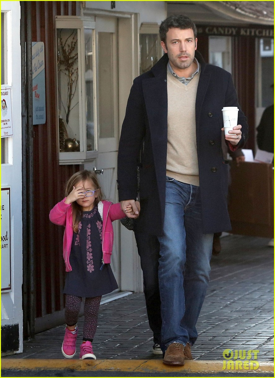 jennifer garner ben affleck separate morning coffee runs 112773176