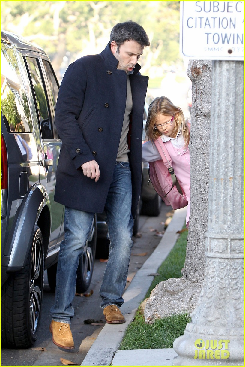 jennifer garner ben affleck separate morning coffee runs 202773185