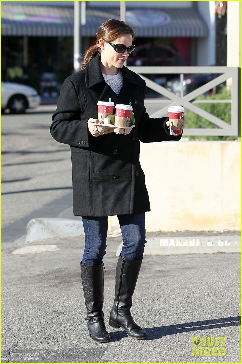 jennifer garner ready for christmas 15