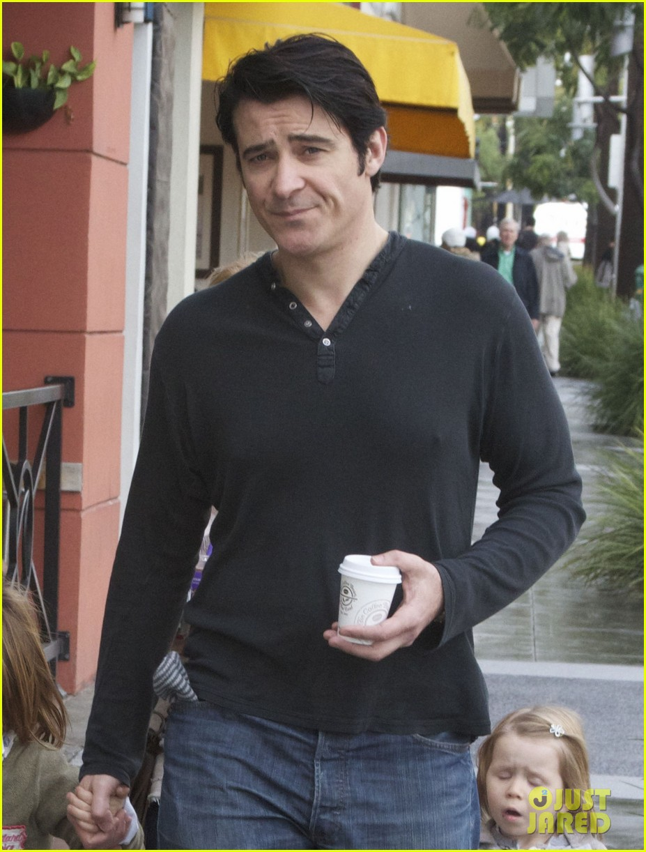 goran visnjic toy shopping with tin vigo 092780991