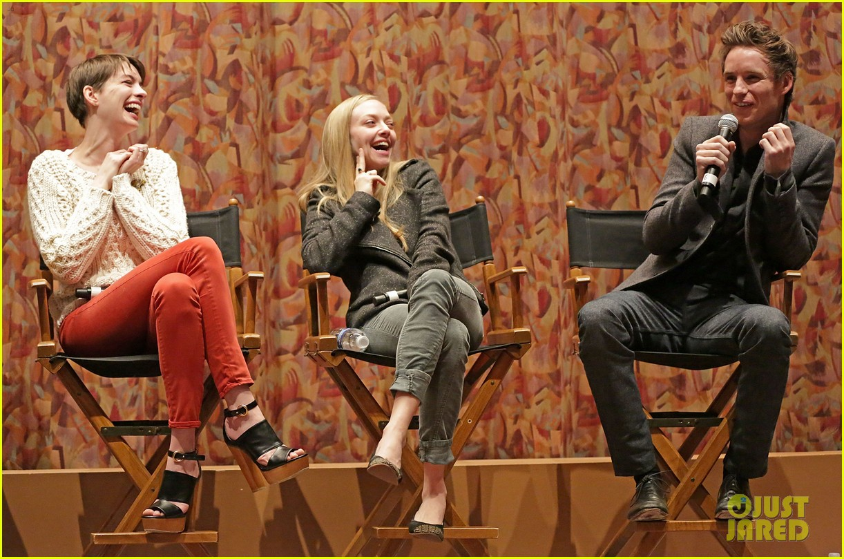 anne hathaway amanda seyfried les miserables sag screening 04