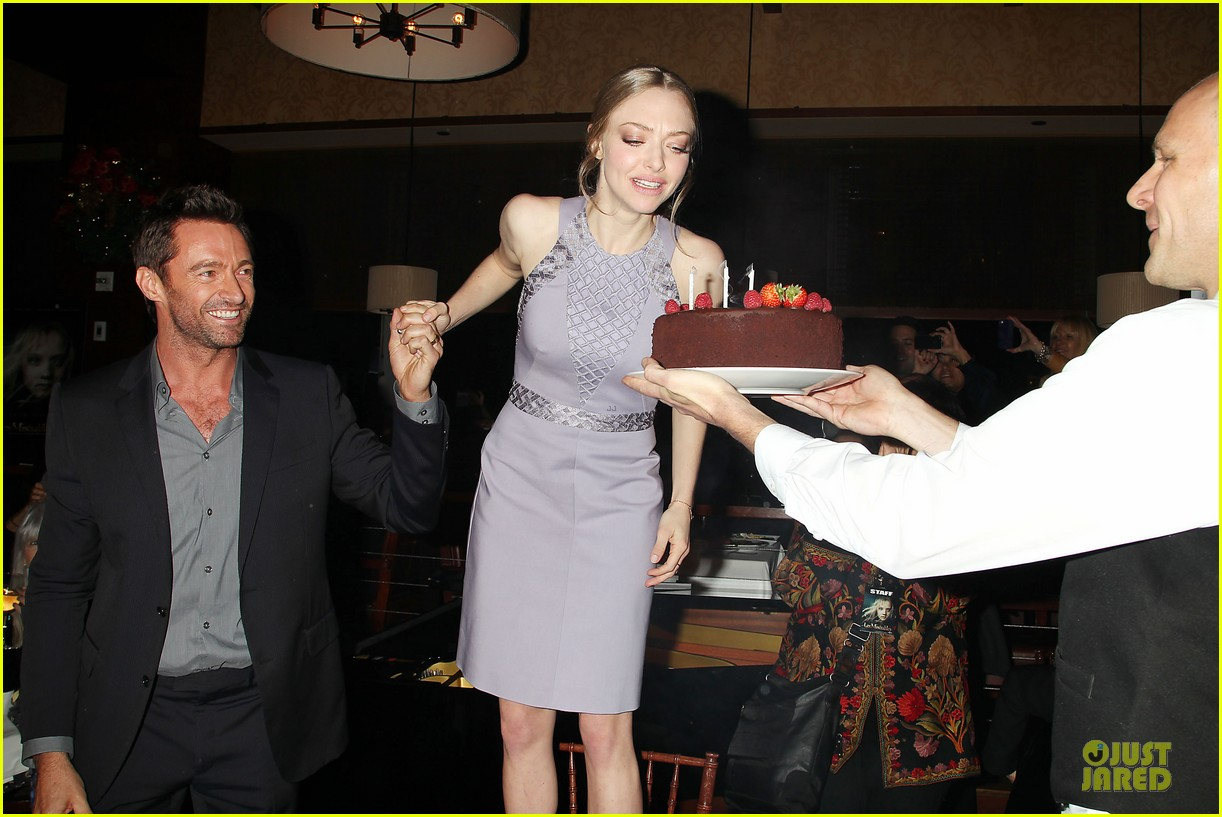 anne hathaway amanda seyfried les miserables new york screening after party 21