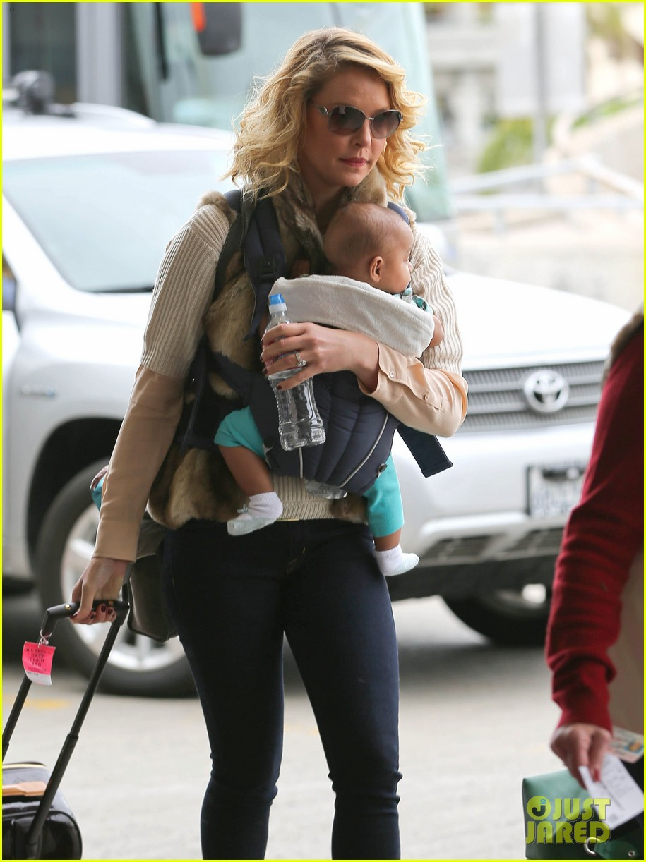 katherine heigl takes off with baby adalaide 11