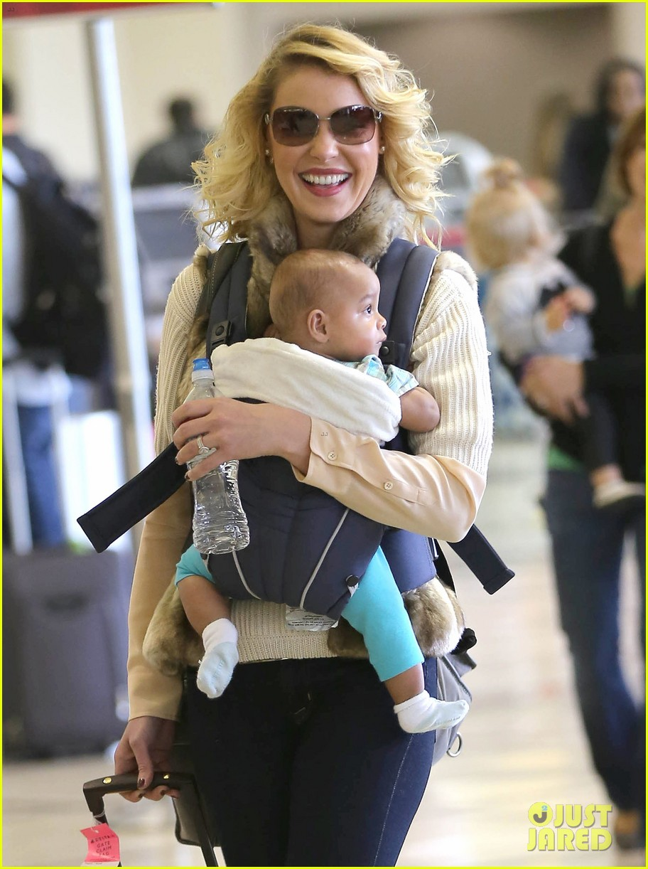 katherine heigl takes off with baby adalaide 17