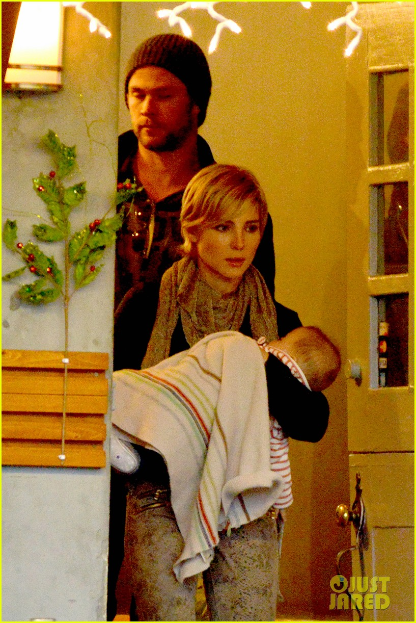 chris hemsworth elsa pataky kreation kafe with india 10