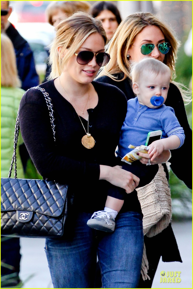 hilary duff & luca lunch with haylie 042779702