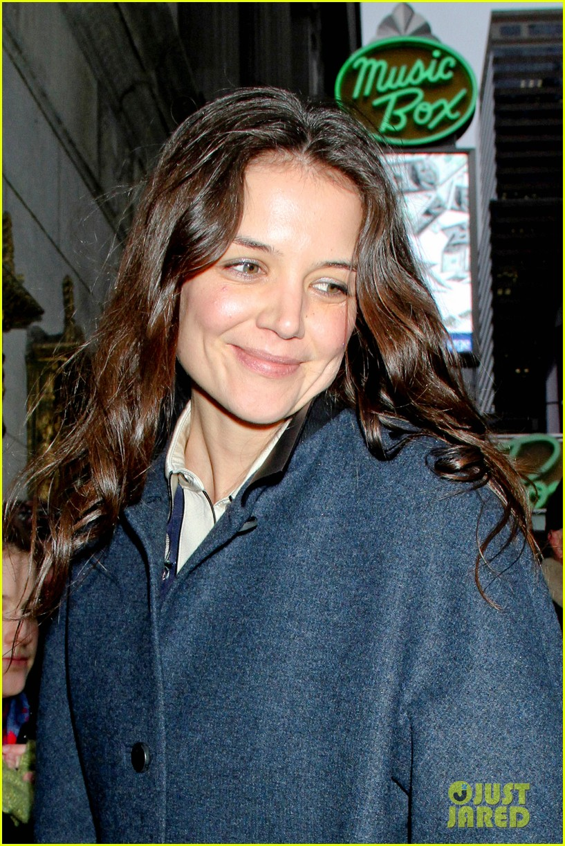 katie holmes dead accounts after christmas 01