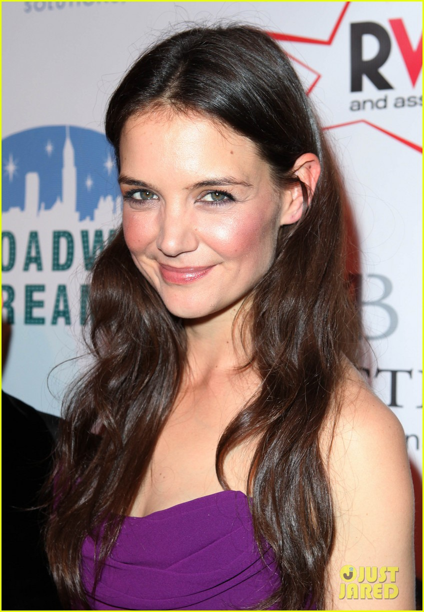 katie holmes broadway dreams foundation gala 02