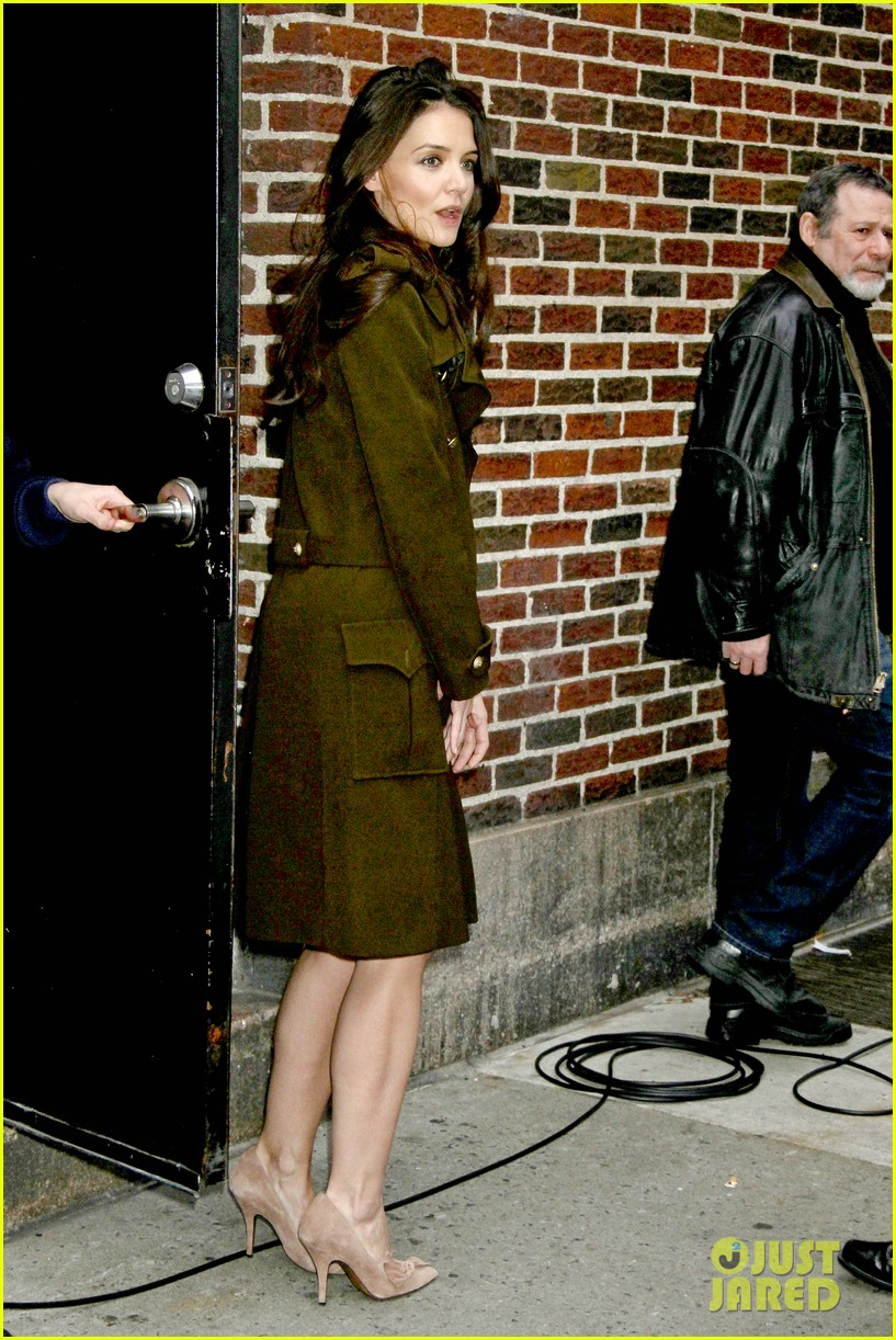 katie holmes david letterman appearance tonight 12
