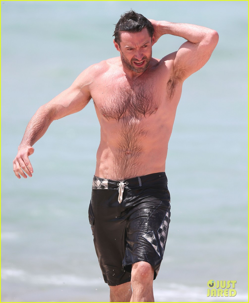 hugh jackman shirtless stud at bondi beach 05
