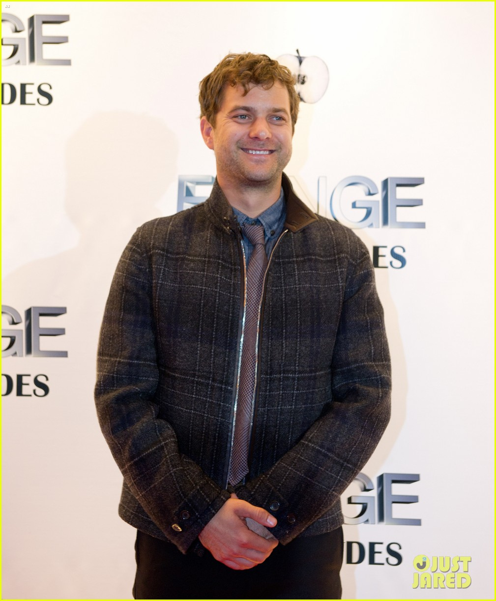 joshua jackson diane kruger fringe 100 episodes party 07