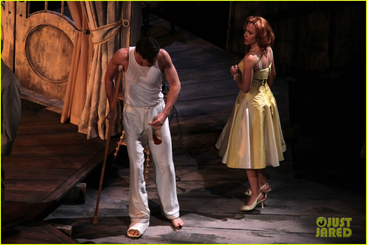 scarlett johansson cat on a hot tin roof performance 05