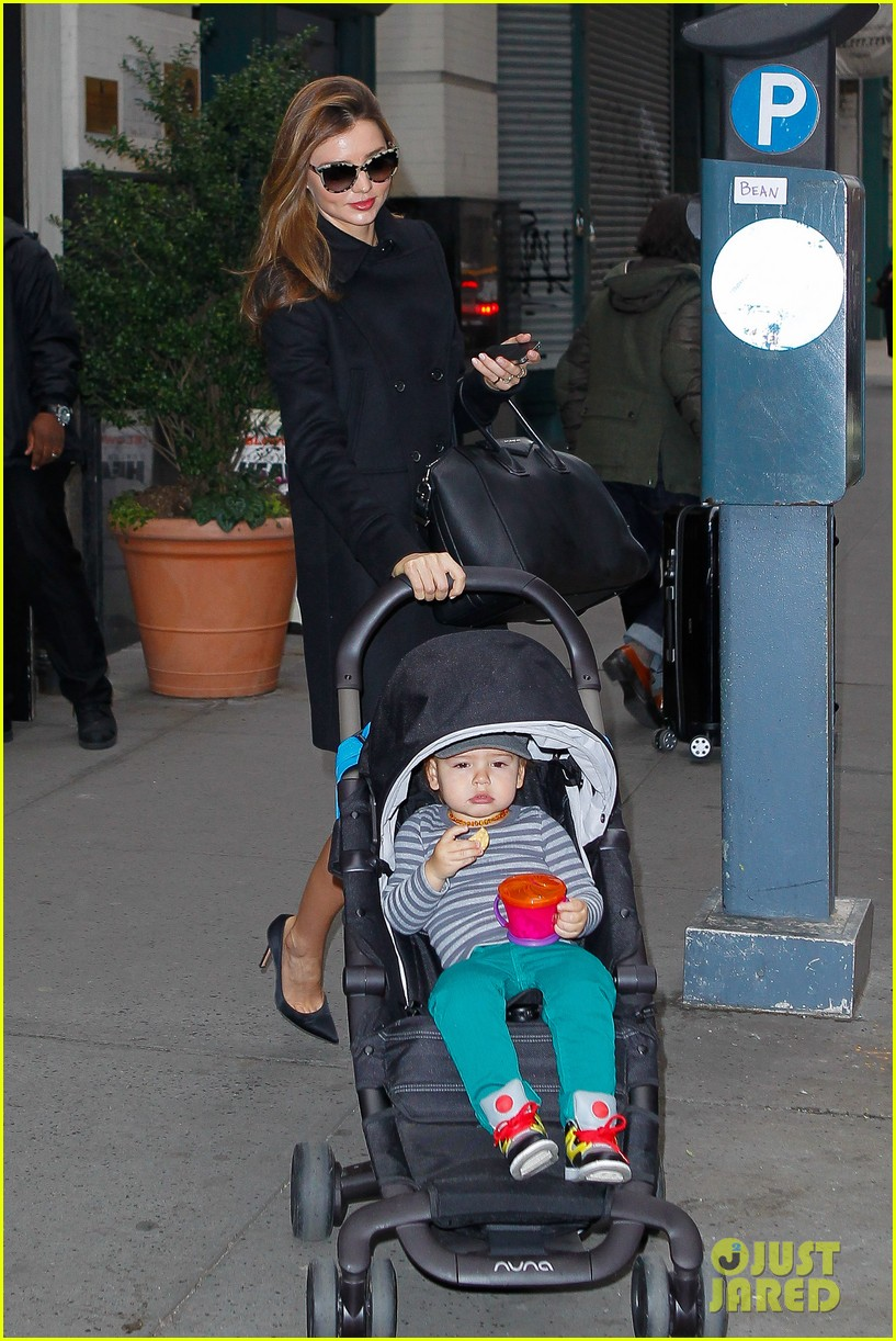 miranda kerr manhattan business mom 07