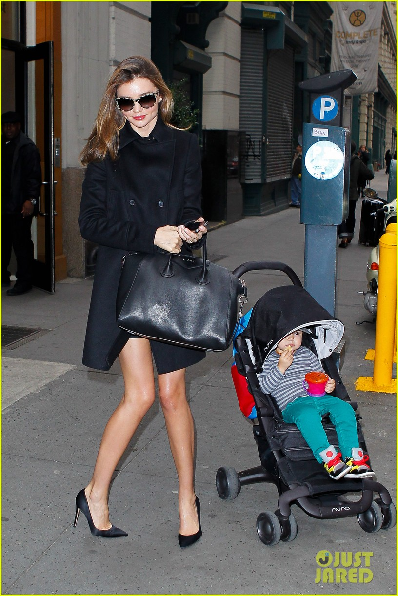 miranda kerr manhattan business mom 112771358