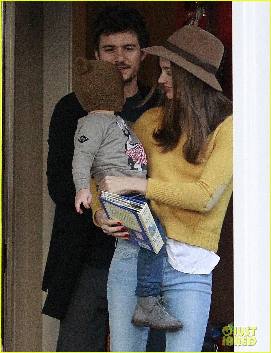 miranda kerr orlando bloom flynn post christmas party 11