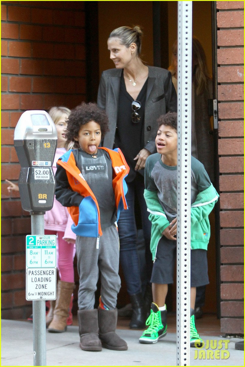 heidi klum martin kirsten lunch groceries with the kids 11