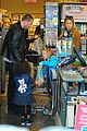 heidi klum martin kirsten grocery shopping with girls 44