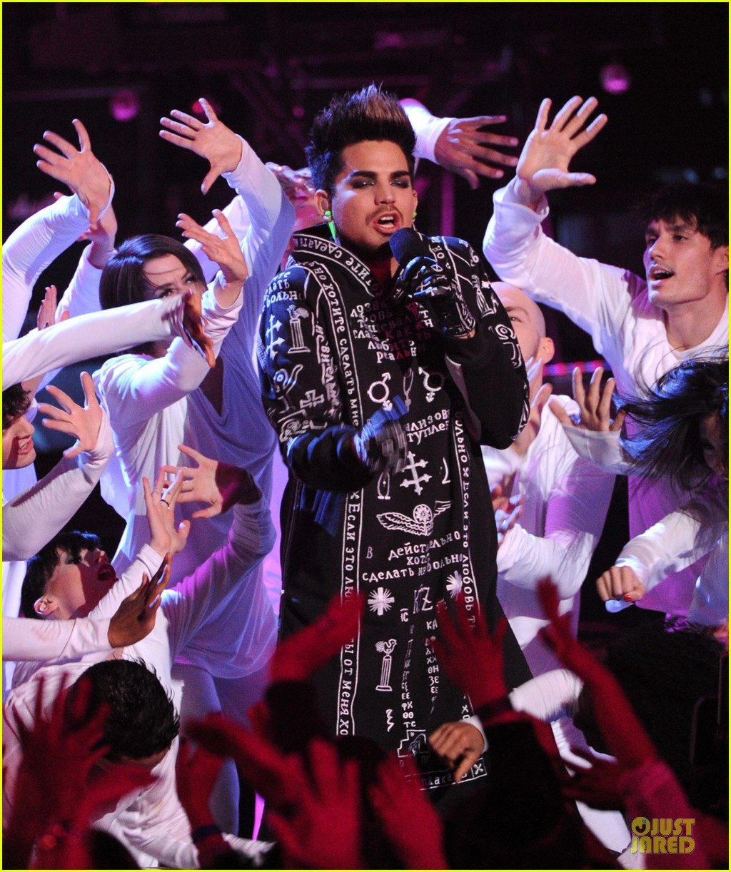 adam lambert vh1 divas performances watch now 07