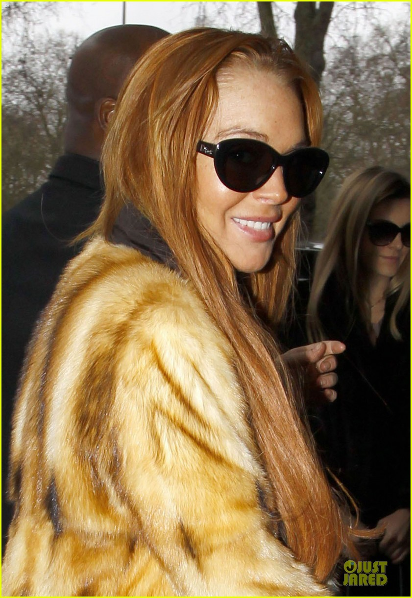 lindsay lohan million dollar decorators episode airs on new years 02
