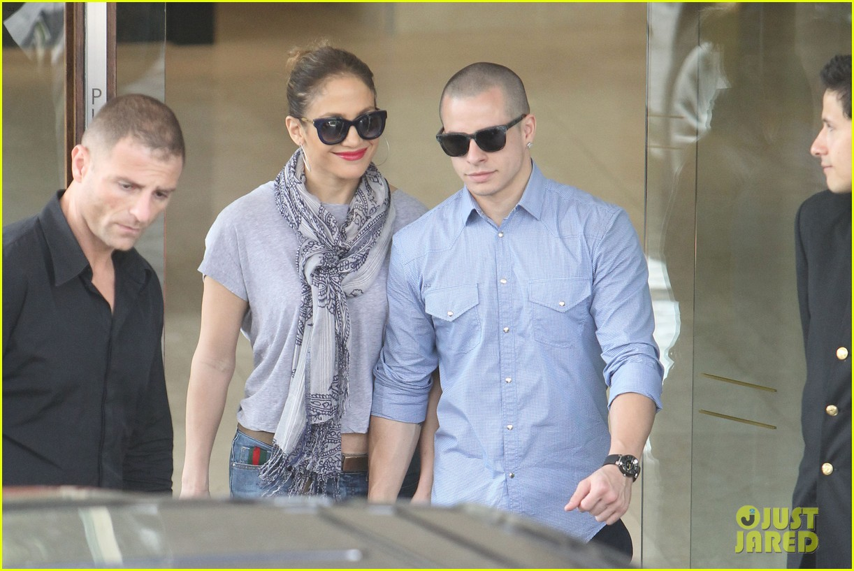 jennifer lopez casper smart australia lovers 07