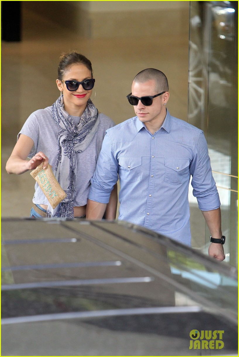 jennifer lopez casper smart australia lovers 082770316