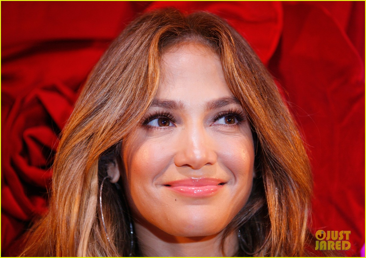 jennifer lopez melbourne press call 04