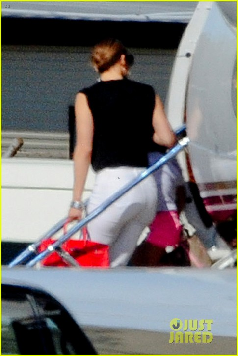 jennifer lopez yacht cruise with emme & max 07