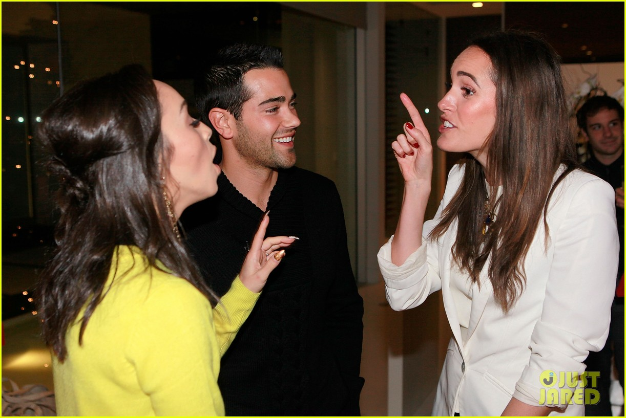 jesse metcalfe louise roe hukkster holiday party 05