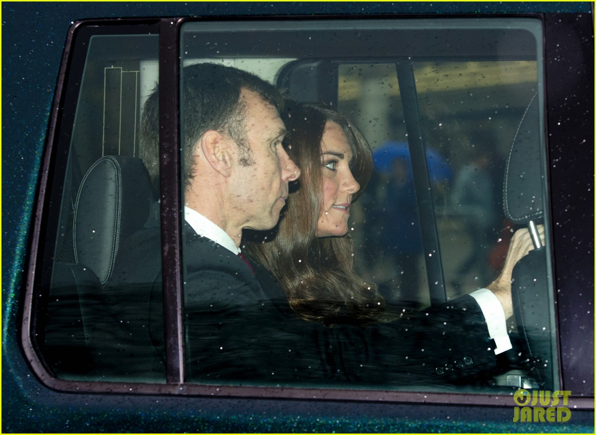 kate middleton prince william royal family christmas lunch 012778821