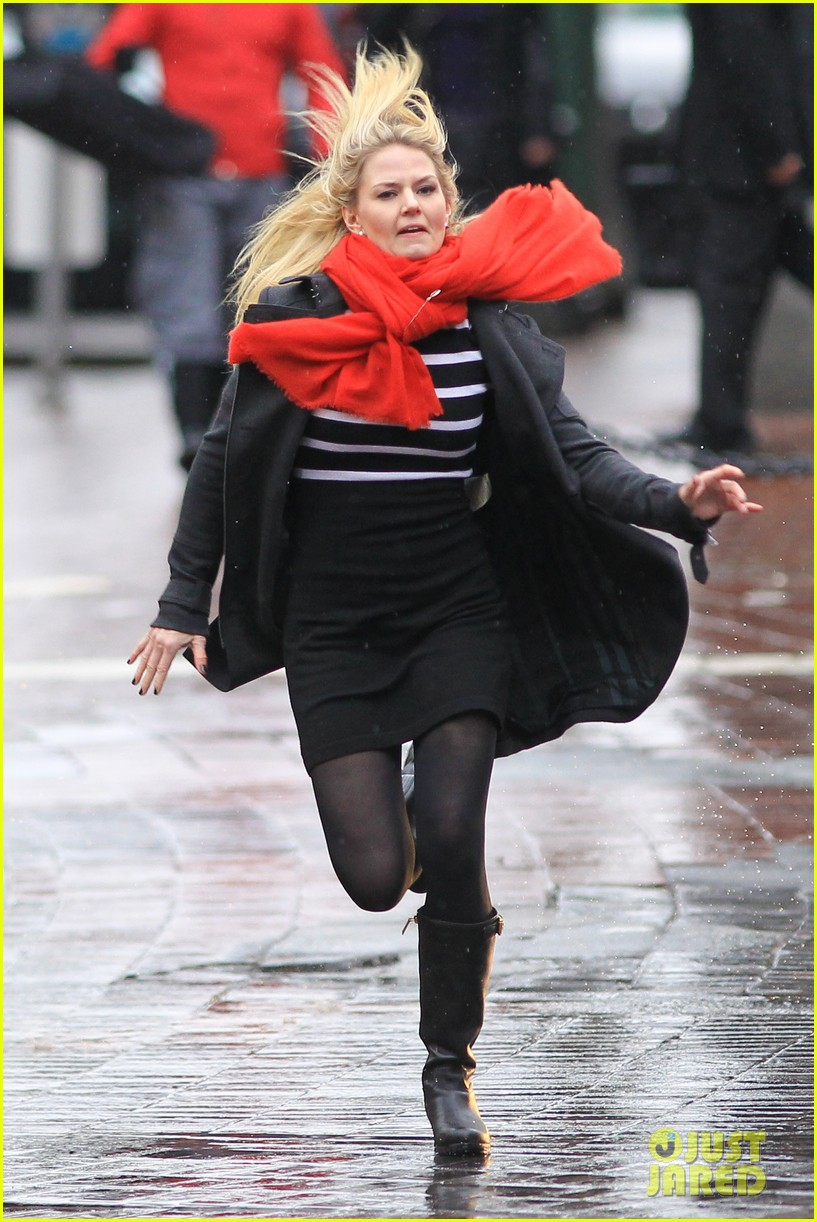 jennifer morrison runs jumps for once upon a time 222775894