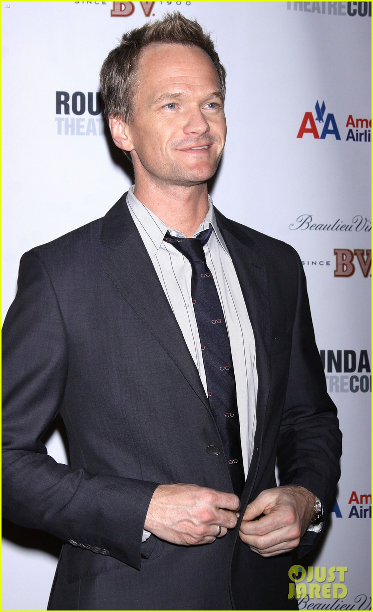neil patrick harris assassins concert gala 05